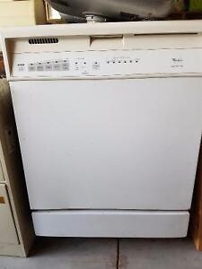 White Whirlpool Built-in Dishwasher...Drastically Reduced