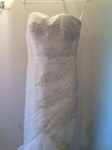 Wedding Dress with Shoes-New Price Kingston Kingston Area image 2