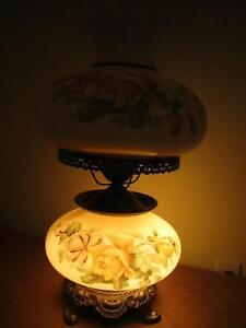 Vintage Large size Hand Painted glass table lamp Kitchener / Waterloo Kitchener Area image 4
