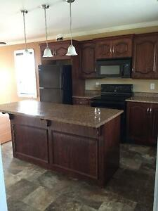 Beautiful 2 Bedroom House with View of the Bay