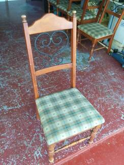 5 X DINING CHAIRS