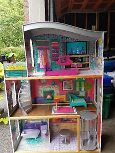 Barbie House Buy Or Sell Toys Amp Games In Toronto Gta