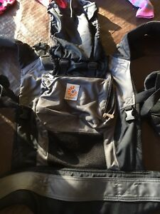 Ergobaby - baby carrier Metford Maitland Area Preview