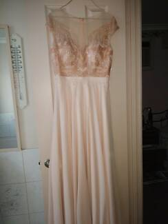 A great Formal Evening Dress for sale !
