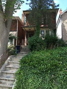 Lovely Character Home 2 Bedrooms Yonge & Eglinton