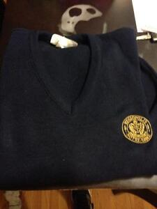 RND vneck girls sweater size small Kingston Kingston Area image 1