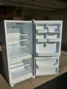 Like New Refrigerator