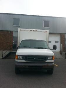 2006 Ford E450 blanc Camionnette