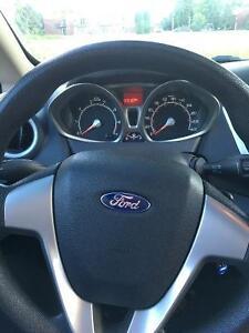 FULL GARANTIE 4 ANS - 2012 Ford Fiesta SE Hatchback