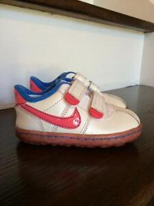 Nike Velcro Toddler Girls Shoes, Size 5