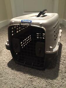 Cat Carrier in Great condition