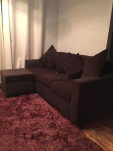 Couch , lamp very luxury, bed include table lamp, tv table