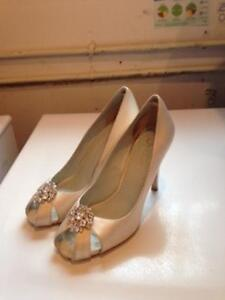 Wedding Dress with Shoes-New Price Kingston Kingston Area image 3