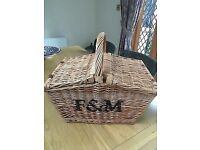 Fortnum and Mason Picnic Hamper/Basket New