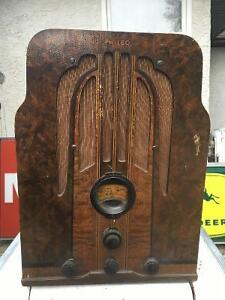 Philco Tombstone Radio