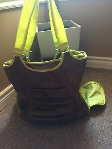 THIRTY ONE gym bag.