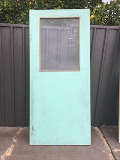 Interior/ exterior door