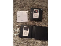Apple iPod Classic 5th Generation White (30GB)