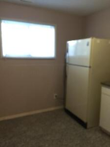 West side 5 Minutes drive touniversity  1 bedroom basemant suite