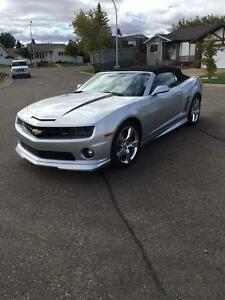 2011 Chevrolet Camaro RS/SS Convertible (Mint)