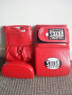 Cleto Reyes- Classic Red Bag Gloves- Boxing and Martial Arts