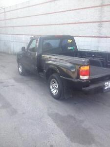 1999 Ford Ranger spash avec boule arriere echange possible