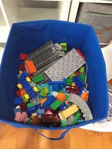 Box of kids Duplo - Mixture Holland Park West Brisbane South West Preview