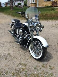 Reduced    05 Softail Deluxe