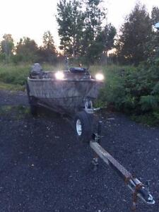 14' Duck Boat with trailer and 67 ft-lbs thrust bowe mount
