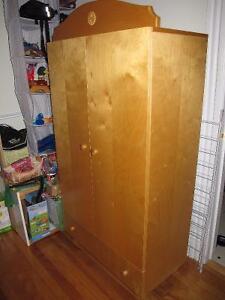 meubles chambre d'enfant - children's bedroom furniture - urgent