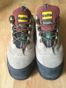 Daffo - DuPont certified steel toe boots size-13