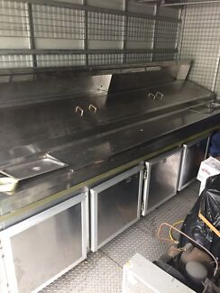 4 door pizza bench with evaporator and external condenser motor