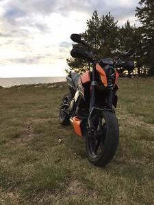 2010 KTM Duke 690