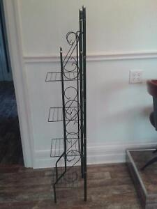 Adorable Green Accent Shelving Windsor Region Ontario image 3