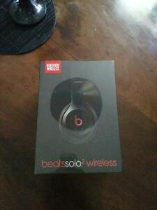 Brand New Beats Solo 2 wireless headphones for less price