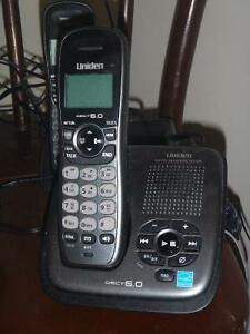 4 cordless handset + answering machine for sale