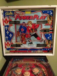 Bobby Orr Pinball Machine