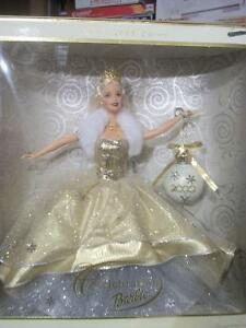 2000 Holiday Barbie Mint Condition