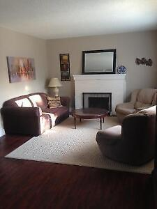 Furnished Homes-- Western/Fanshawe students Groups- All inclusiv