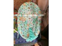 Bright Start baby bouncer in excellent condition!