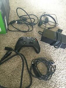 XBOX ONE Master Cheif Edition Great Condition/Price Peterborough Peterborough Area image 3