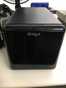 Drobo 4 Bay USB with 4x 1TB drives