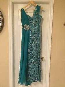 Beautiful Teal Evening Gown Windsor Region Ontario image 1