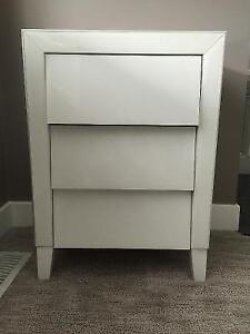 Two Pieces Contemporary Night Stand