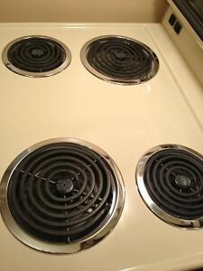 Beige stove excellent condition Cambridge Kitchener Area image 5