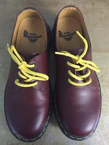BRAND NEW Women's Dr Martens Shoes Size 6