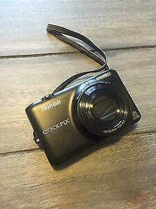 NIKON Coolpix S6500 - With Memory Card and Carrying Case