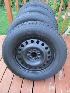 4X WINTER TIRES WITH RIMES  225/65/17     5X114.3  LIKE NEW