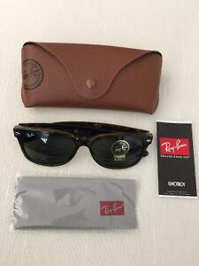Ray Ban Authentic RB 2132 new wayfarer Brand new size 55