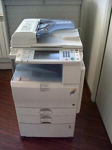 Photocopieur Couleur Ricoh MPC2051 (Excellente condition)